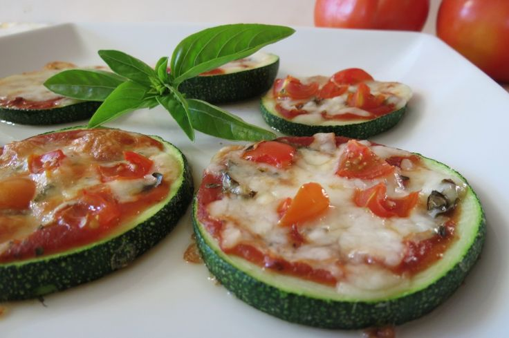 grilled zucchini pizza - might try in the oven instead?!