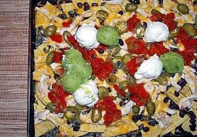 Shredded Chicken and Black Bean Nachos | CHICKEN | Pinterest