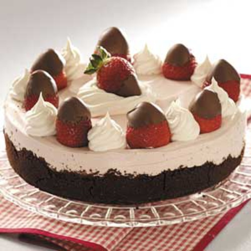 Chocolate Covered Strawberry Cheesecake | recipes | Pinterest