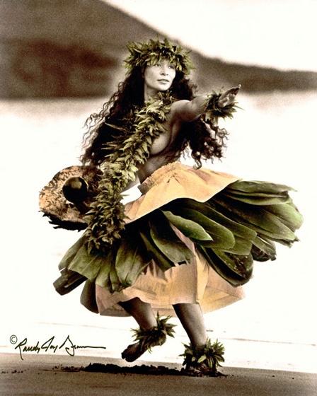 """""""Pu'u o Makena"""".   Hula tribute to the land of Makena, Maui, Hawaii"""