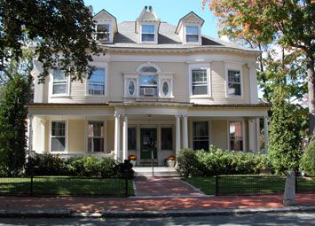 American Cancer Society Hope Lodge—Worcester   7 Oak Street  Worcester, MA 01609  508-792-2985