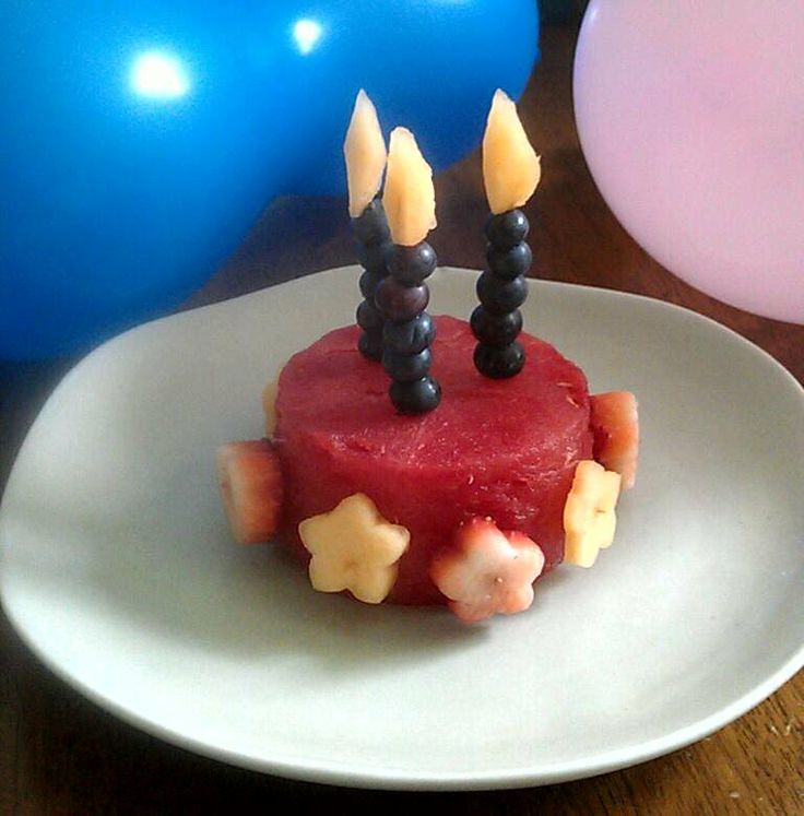 birthday cake made of fruit!  Cute Food  Pinterest