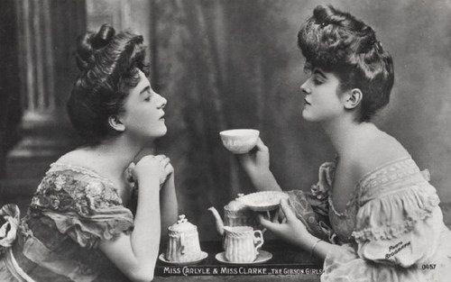 A Gibson Girl tea party