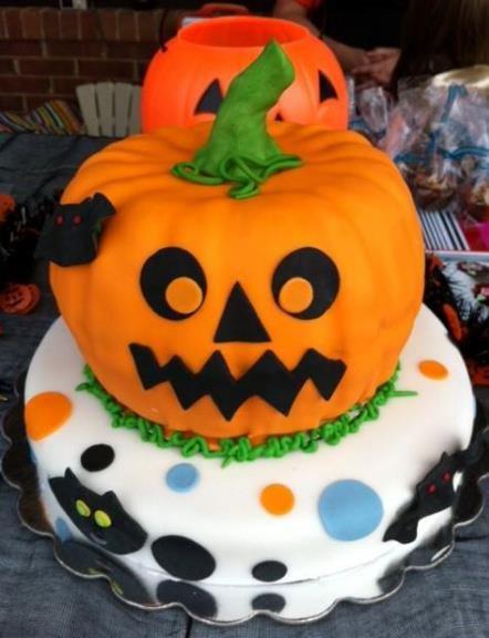 Halloween cake idea. #Halloween #Cake #Dining #Dessert