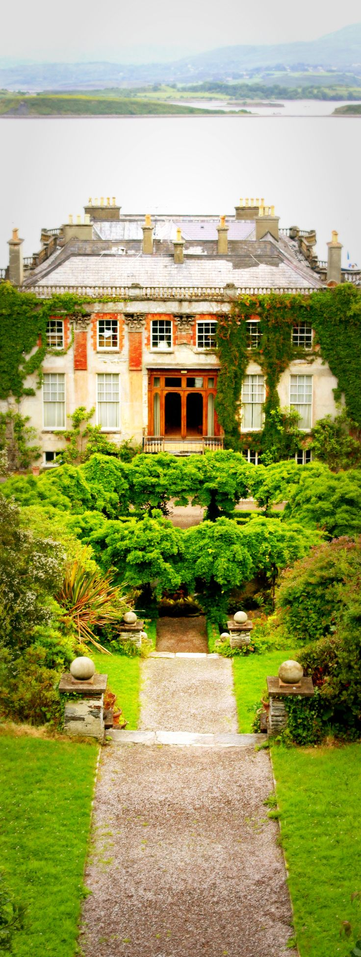 Ireland bantry house beautiful places in ireland and for Bantry house