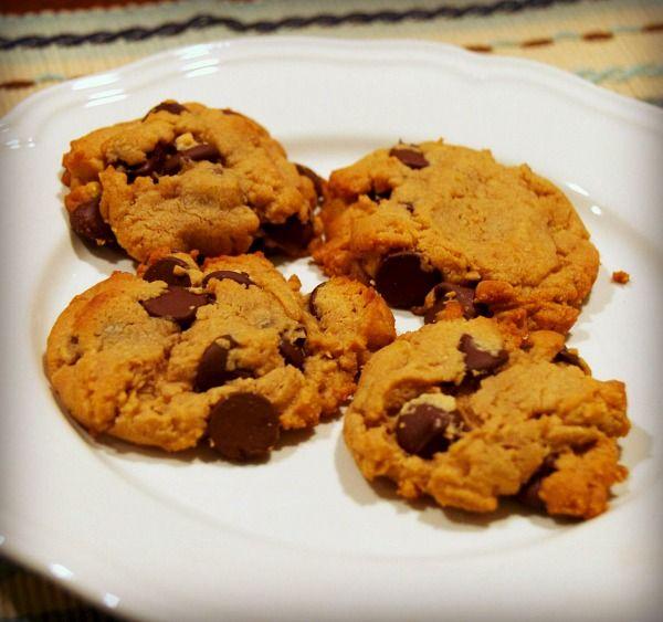 ... Peanut Butter Chocolate Chip Cookies {Gluten-Free} - Beyer Beware