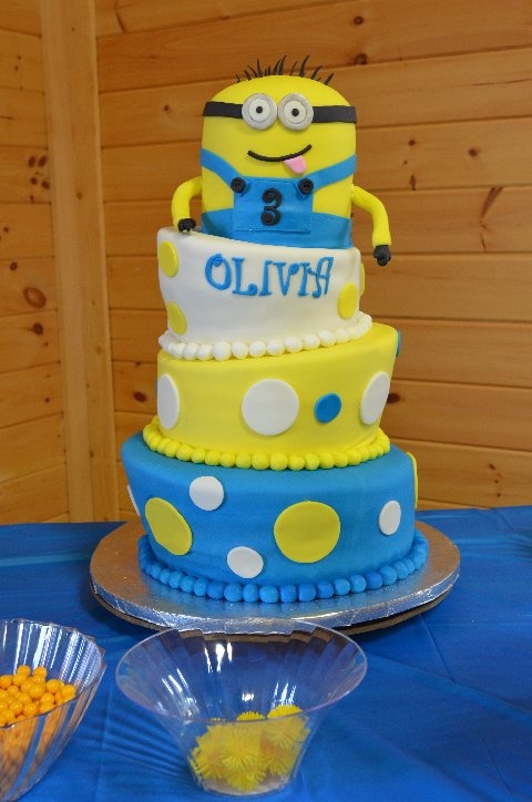 Southern Blue Celebrations DESPICABLE ME MINIONS CAKES