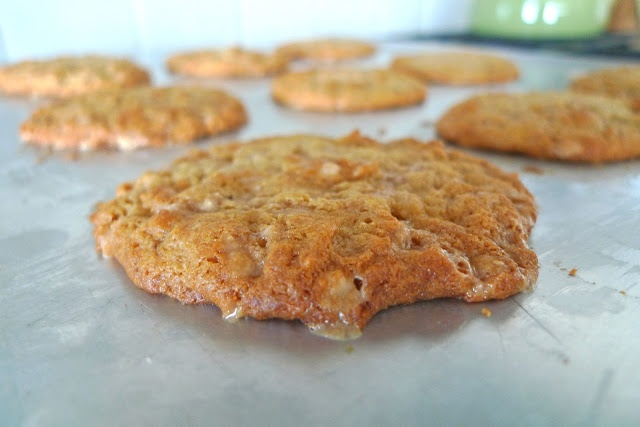 Banana Pudding Toffee Cookies | Sweets and Treats | Pinterest