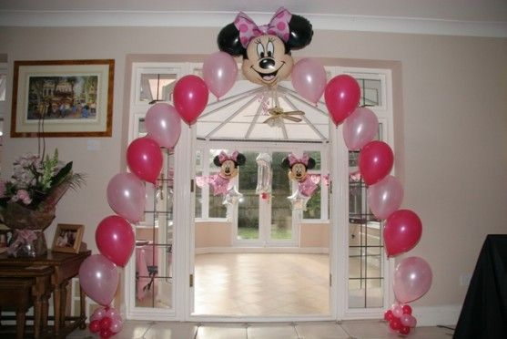 Minnie mouse balloon decorations minnie mouse 1st for Balloon decoration for first birthday