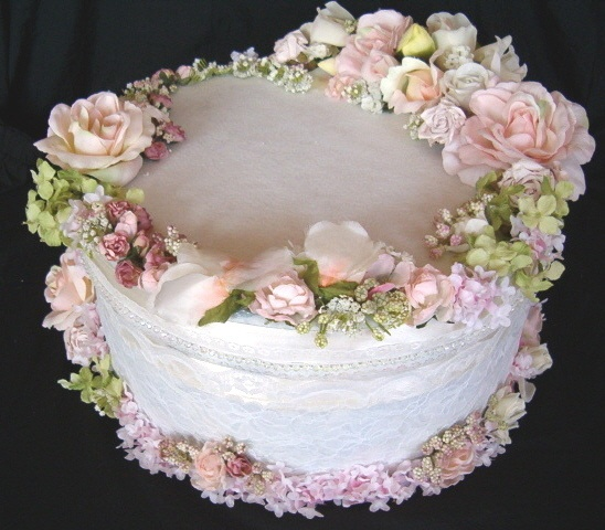 Cake Decorating Artificial Flowers : silk flower decorated cake box Ada Pinterest