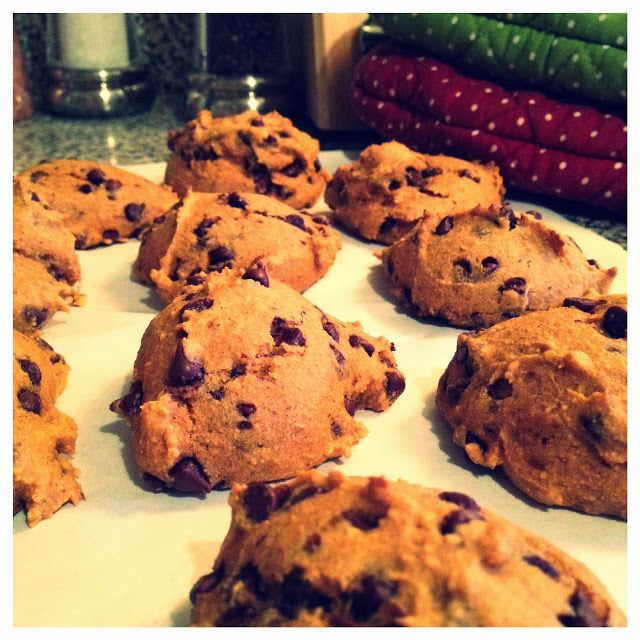 Low Fat Pumpkin Chocolate Chip Cookies | get in my belly! | Pinterest