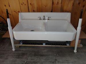 Vintage Apron Sink : Antique Cast Iron Farm Farmhouse Vintage apron Kitchen Sink & legs