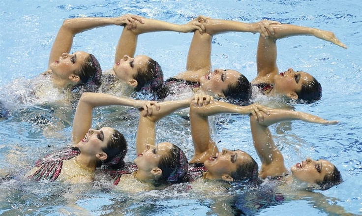 Those who swim together, win together.