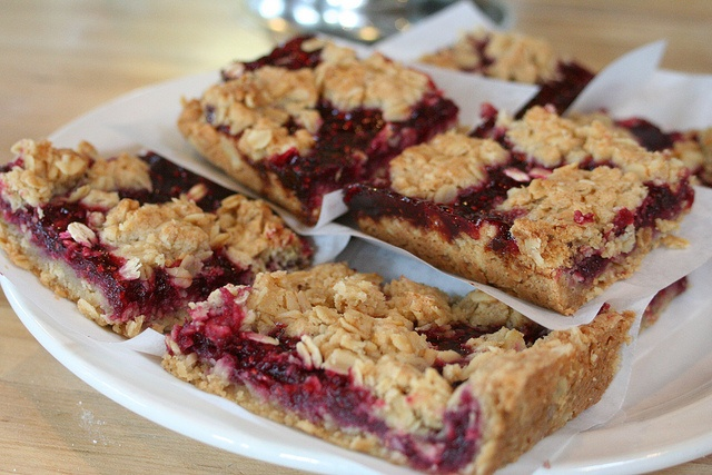 Oatmeal Raspberry Squares   y u m mm   Pinterest
