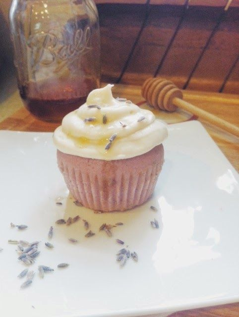 Baking Sunday: Lavender Cupcakes with Cream Cheese & Honey Frosting ...