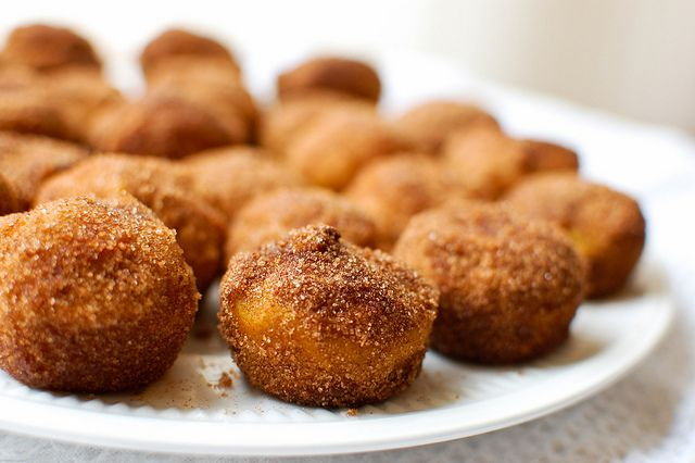 Baked pumpkin doughnut holes | Recipes to try | Pinterest