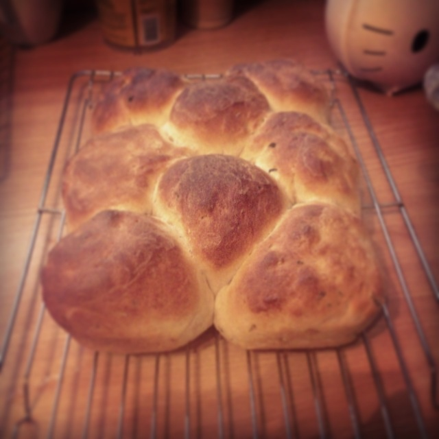 Garlic and thyme bread | Food and recipes | Pinterest