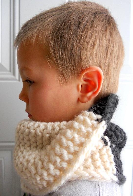 Unisex hand knitted neck warmer for kids | Tejiendo | Pinterest