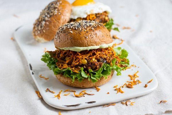 the ultimate loaded veggie burger | Veggie/Vegan | Pinterest
