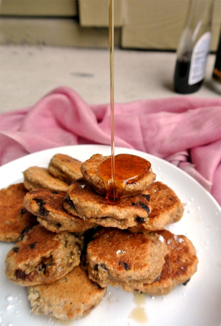 Pancake Fridays: Whole Wheat Chocolate Chip Silver Dollar Pancakes ...
