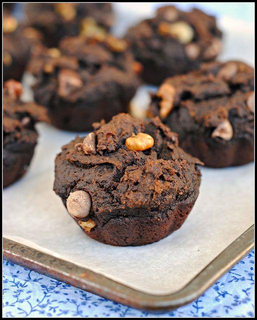 Vegan Chocolate Pumpkin Nut Muffins… | Cookies & muffins | Pinterest
