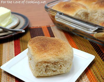 ROASTED GARLIC WHOLE WHEAT DINNER ROLLS | Bread Recipes | Pinterest