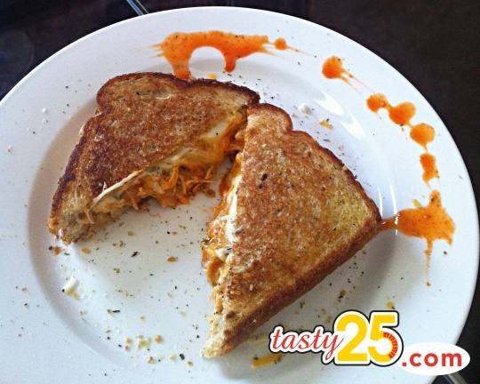 Buffalo Chicken Grilled Cheese Sandwich | Yummy in my Tummy | Pintere ...