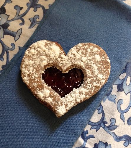 ... My Peace of Mind: Tate's Bake Shop Linzer Heart Cookies and a Giveaway
