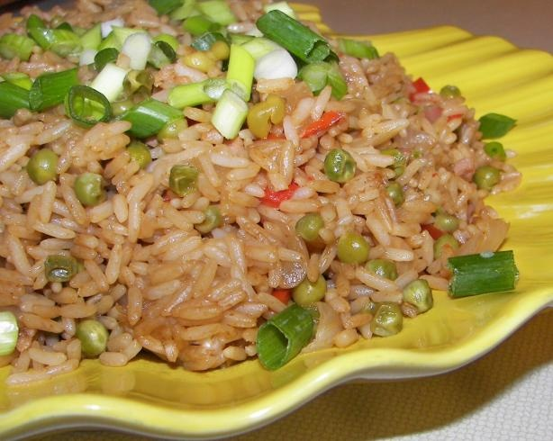 """Quick and healthy microwave """"fried"""" rice #college #dorm"""