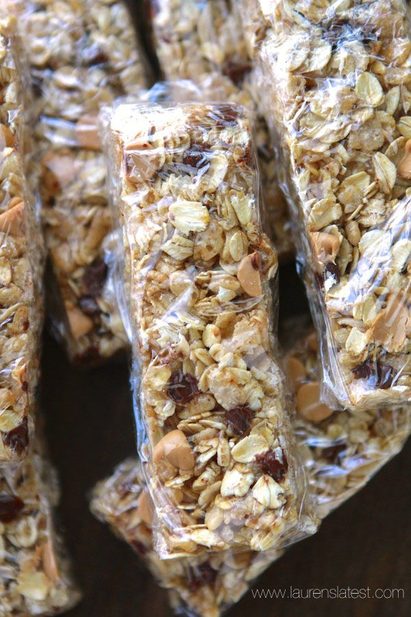 Peanut Butter Chocolate Chip No-Bake Granola Bars | Recipe