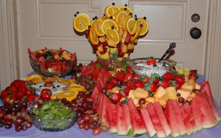 Decorative fruit tray | appitizers | Pinterest