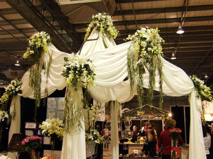 Elegant church wedding decoration ideas elegant wedding for Elegant wedding decoration ideas