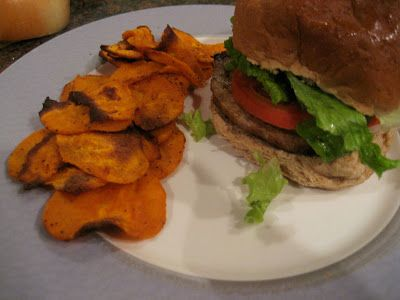 The Foodie Fashionista: Turkey Burgers and Sweet Potato Chips