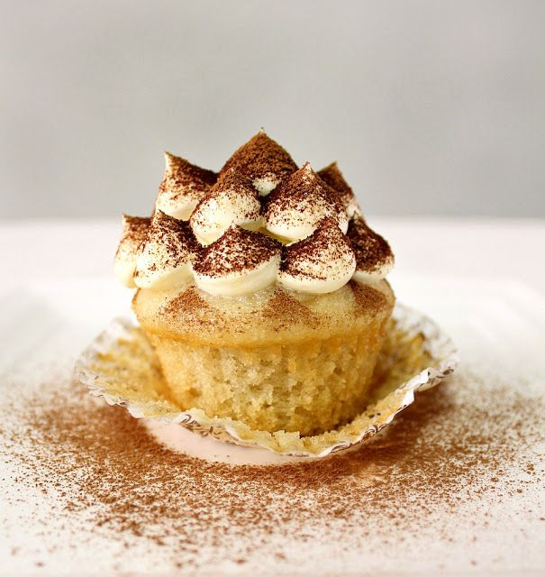 Addicted to Tiramisu Cupcakes! SOooo Yummy! Tiramisu Cupcake Recipe! # ...