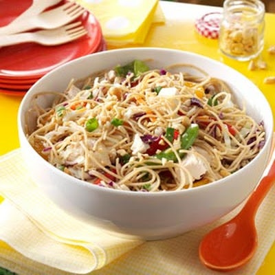 Sesame Chicken Noodle Salad | Asian dishes | Pinterest