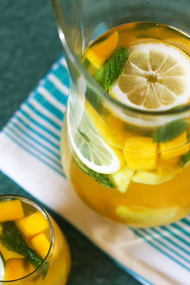 Tropical Citrus Sangria | nom nom | Pinterest