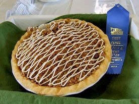 Vegan Apple Pie with Crunchy Pecan Topping by Susan Asato | food ...
