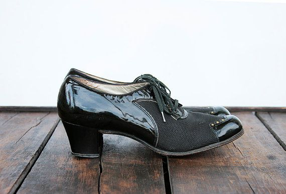 Vintage 1940s 1950s Black oxfords Shoes Womens 9 by poshcouture, $22