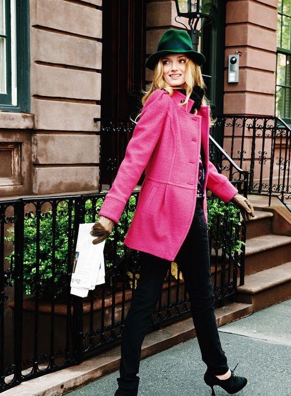 I love that coat! #coat#street style