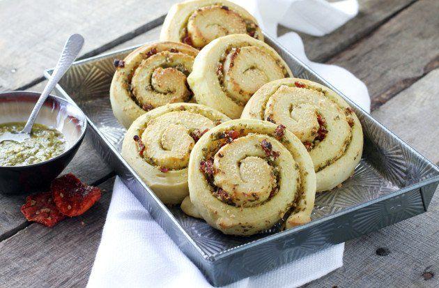 Parmesan Pesto Swirl Rolls @foodfanatical