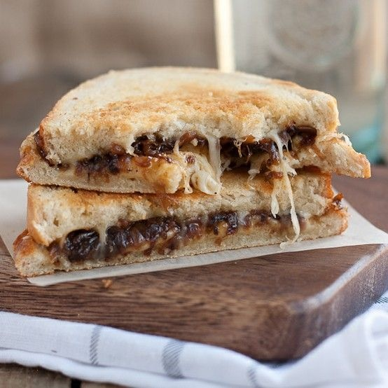 french onion soup grilled cheese | Mmm Food | Pinterest