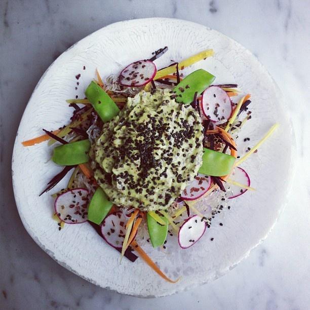 Black sesame and kelp noodle salad | eat it raw | Pinterest