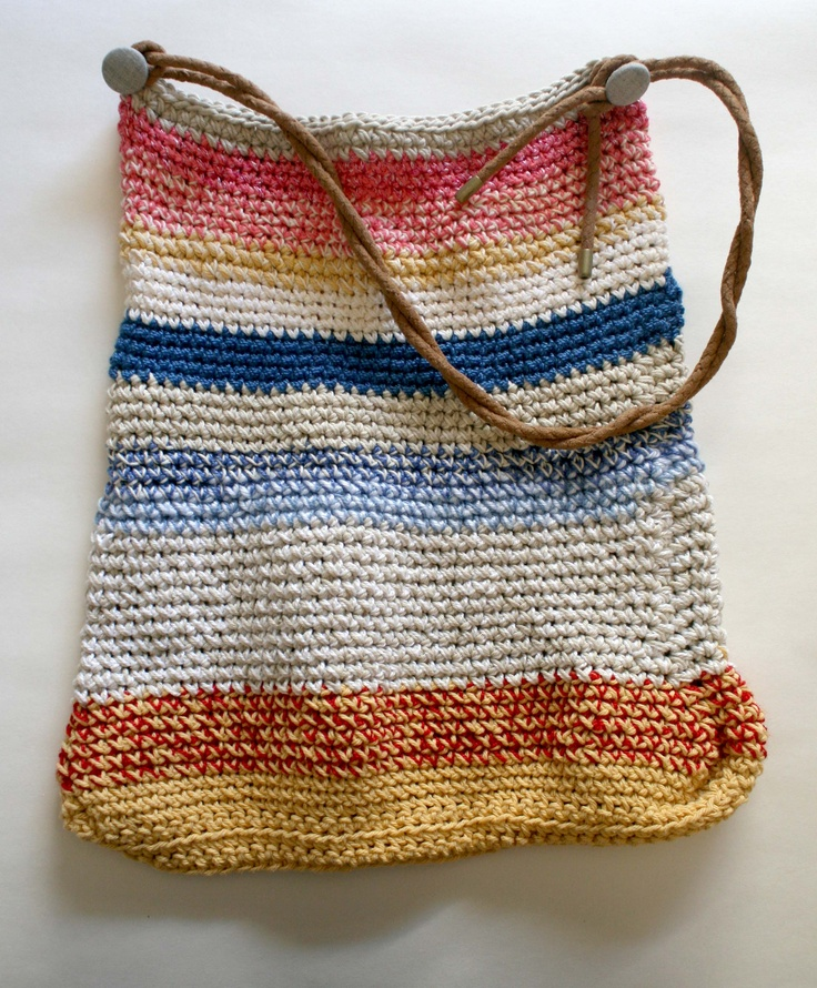 Beach Bag Crochet : Kafka on the Beach crocheted beach bag love Pinterest
