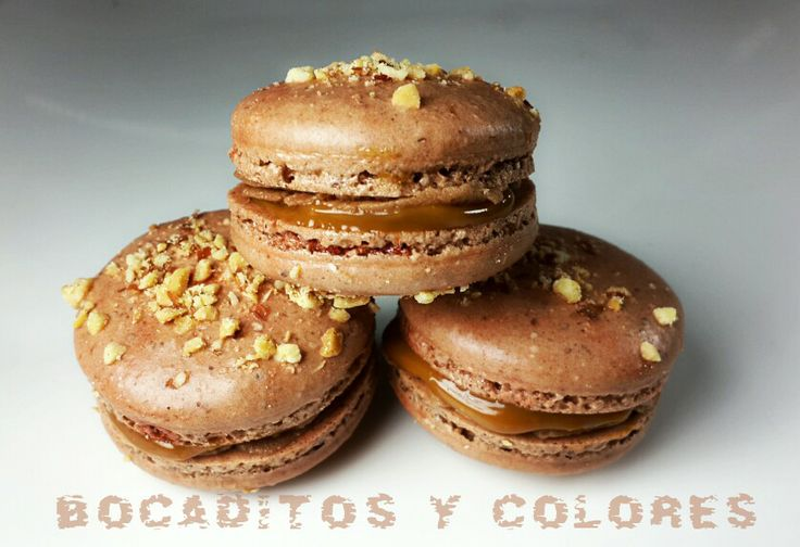 Snickers macarons | Favorite creations | Pinterest