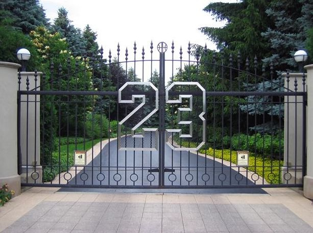 Michael Jordan 39 S Gate To His Home Places I Have Visited