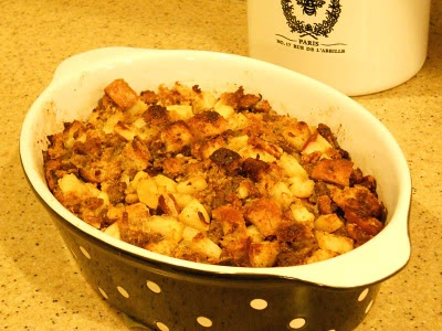 CORNBREAD SAUSAGE STUFFING WITH APPLES | On the Side | Pinterest