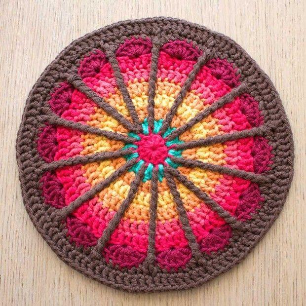 Crochet Mandala : mandala crochet Mandala crochet Pinterest