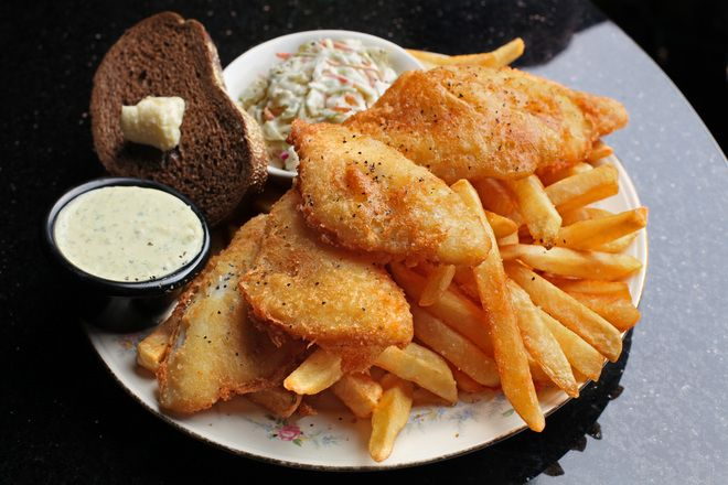 Fish fries cole slaw rolls for Best fish fry in wisconsin