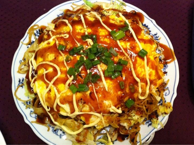 Hiroshima style Okonomiyaki | Japanese dishes | Pinterest