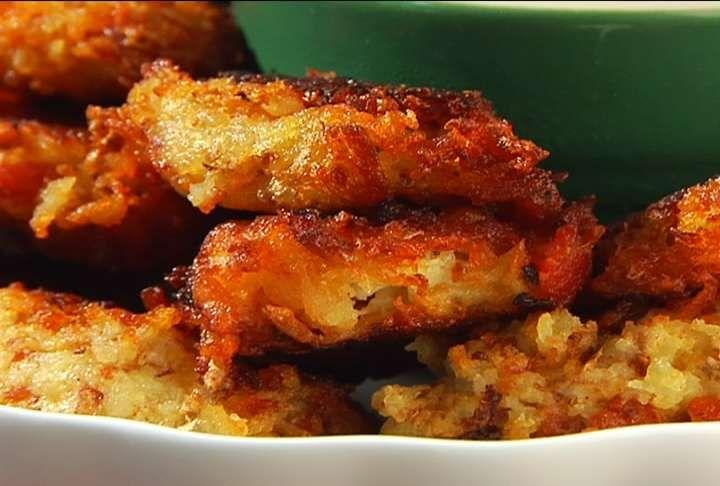 Cheesy cheddar bacon tater(potato) tots Recipe